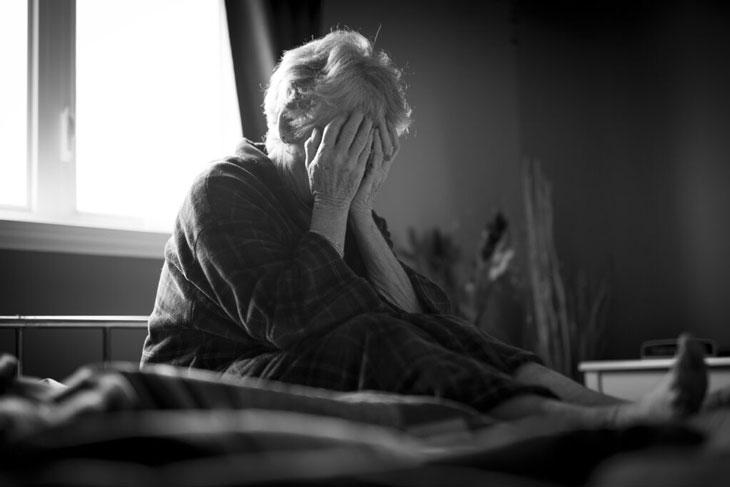 Trầm cảm ở người cao tuổi sợ bênh tật